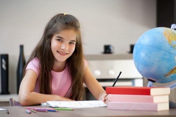 Если у ребенка удобное рабочее место, он будет заниматься с удовольствием