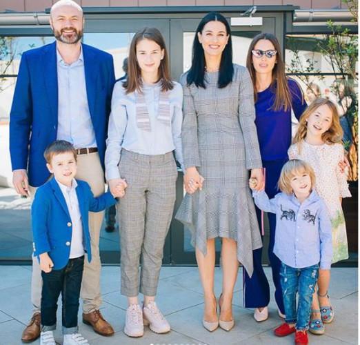 Маша Ефросинина с детьми фото