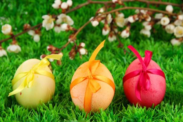 Как красить яйца луковой шелухой: простой рецепт с использованием натуральных ингредиентов