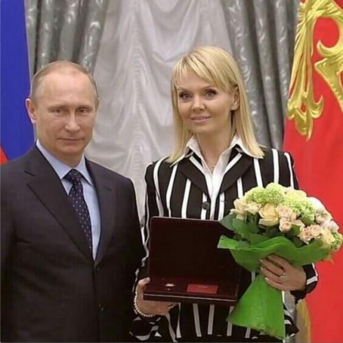 Валерия получила звание Народной артистки РФ