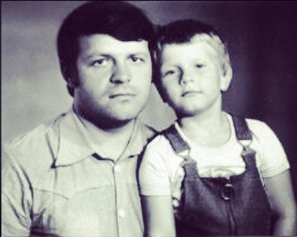 Николай Басков опубликовал детскую фотографию