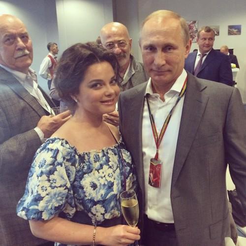 Наташа Королева похвасталась снимком с президентом