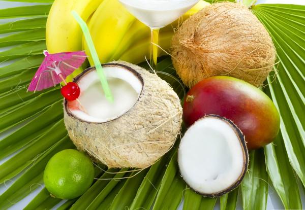 Финико-кокосовый коктейль
