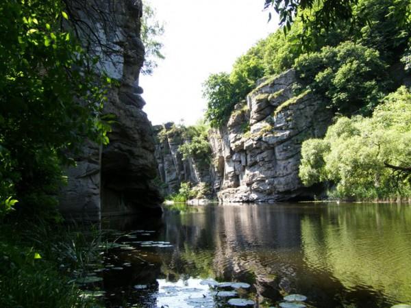 Букский каньон (село Буки в Черкасской области)
