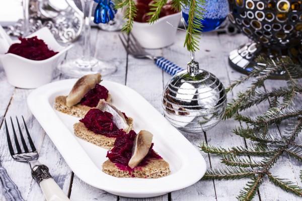 салат мимоза с селедкой и сыром рецепт с фото