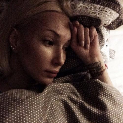 Лера Кудрявцева показала лицо без макияжа