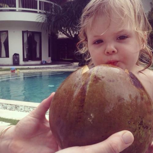 Глюкоза показала двухлетнюю дочь