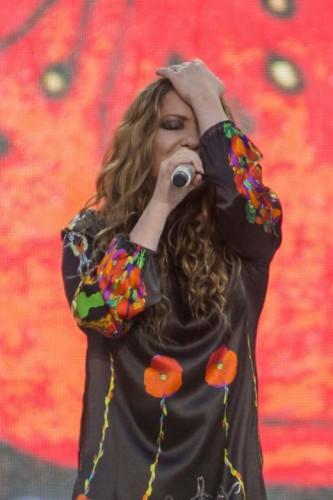 Могилевская посвятила песню матери