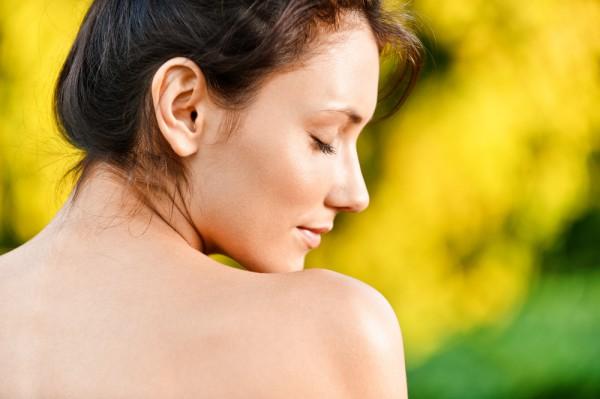 Справиться с болью в области спины помогут упражнения