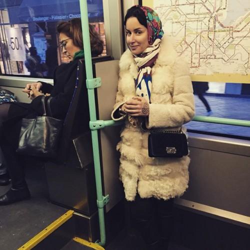 Тина Канделаки в метро