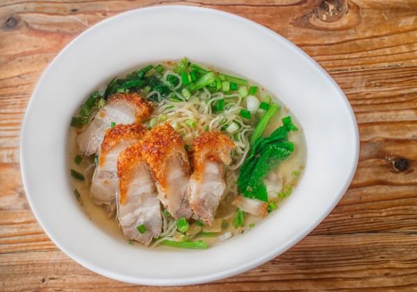 Суп с курицей и зеленью