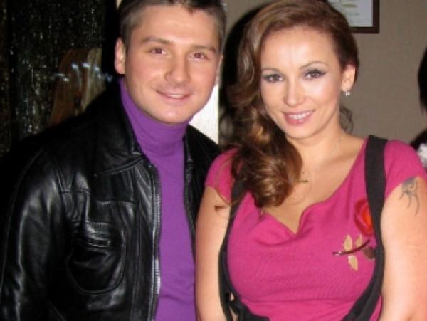 Сергей Лазарев и Анфиса Чехова расстроены завистливостью своих соотечественников