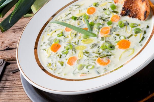 Рецепт                  Сырный суп с овощами