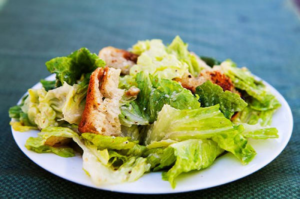 Рецепт                  Как приготовить салат Цезарь