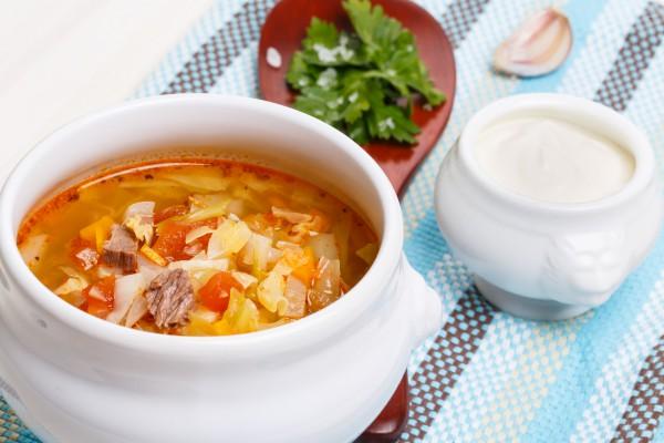 Квашеную капусту можно добавлять в супы