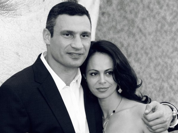 Наше фото с женой дома