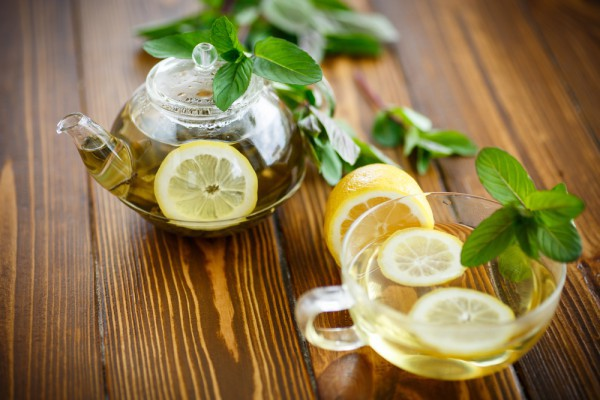 Зелений чай і лимон