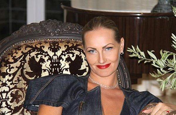 Елена Савчук стала новой женой Леонида Черновецкого
