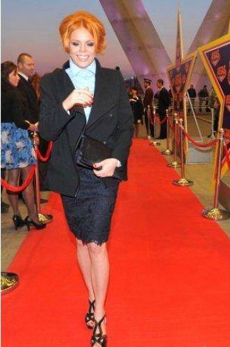 На открытие бутика Анастасия Стоцкая выглядела очень стильно