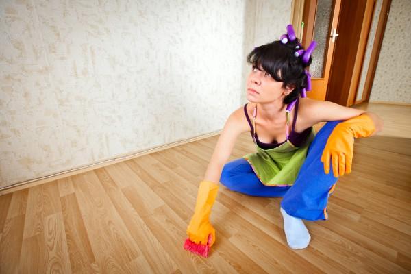 Чем мыть напольные покрытия в доме