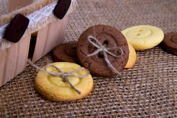 Детское печенье в виде пуговиц