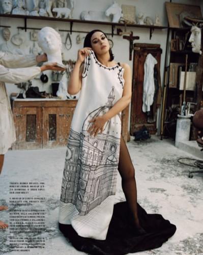 Моника Беллуччи позировала для итальянского Vogue