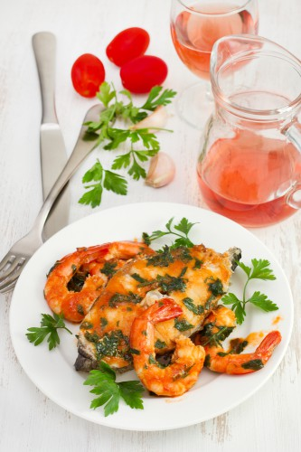 Рецепт                  Пестрая рыба с креветками