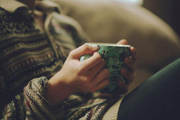 Теплый чай  — лучшее средство от простудного кашля