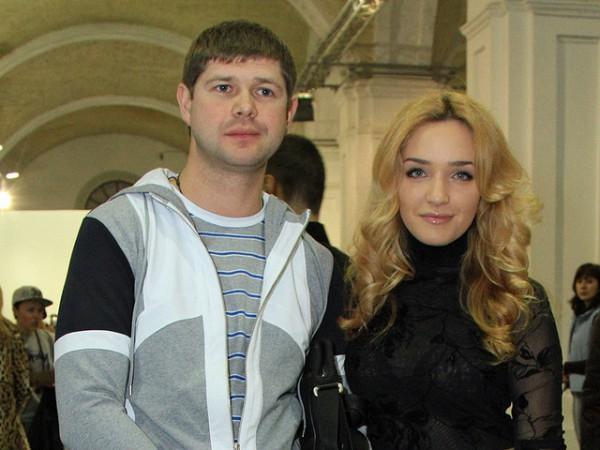 Виктория Мартынюк со своим супругом