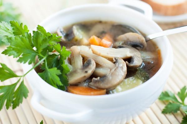 Осенний суп из грибов