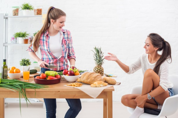 Здоровый завтрак должен включать омлет или кашу