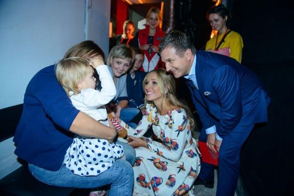 Катерина Осадчая заплакала во время разговора с участницей шоу Голос. Дети