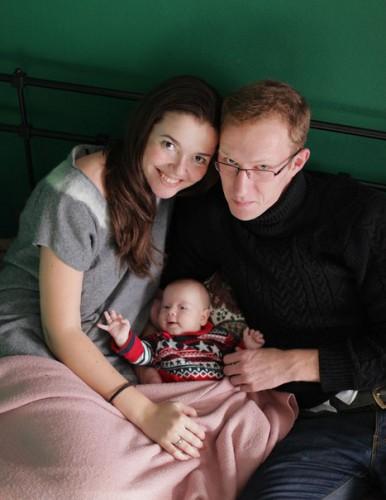 Данил с женой и ребенком