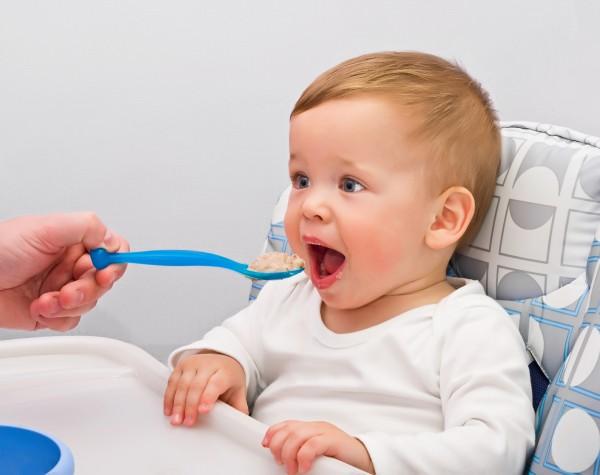 Продукты-аллергены: что лучше не давать ребенку