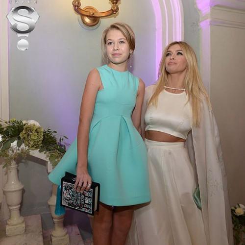 Вера Брежнева с дочкой Софией