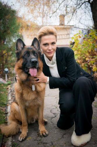 Ольга Сумская с четвероногим актером сериала