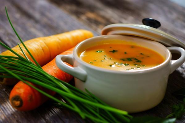 Постный морковный суп с нутом