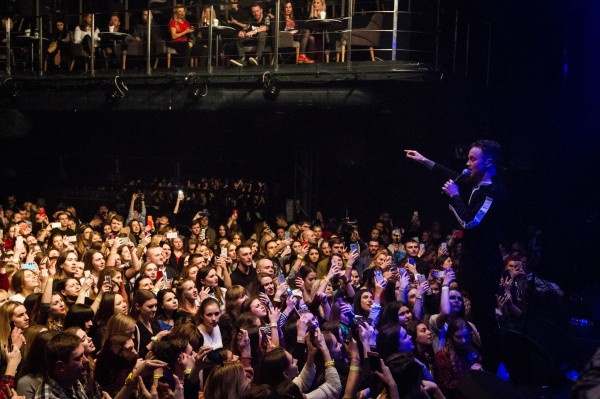 Сольный концерт Артема Пивоварова фото