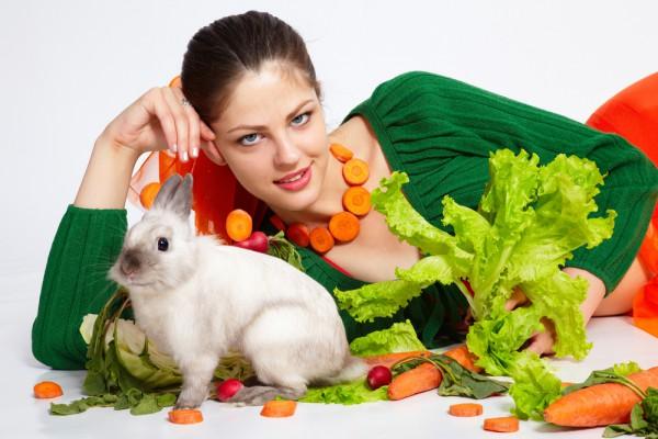 Диетологи рекомендуют на Пасху 2015 отказаться от высококалорийных продуктов