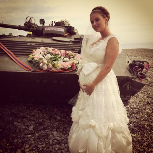 Анна Семенович удивила поклонников новыми фото в Сети