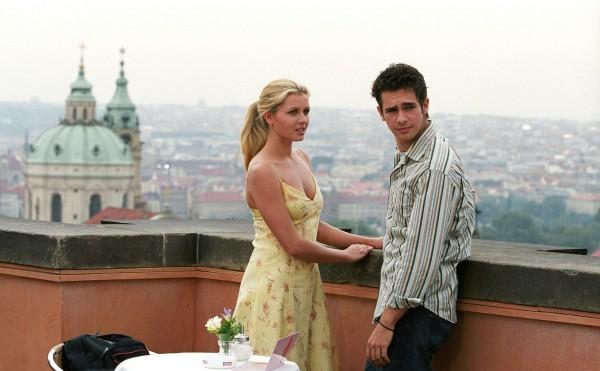 Евротур (2004): Узнай, что происходит с компанией, которая решается на небольшое путешествие по разным странам Европы.