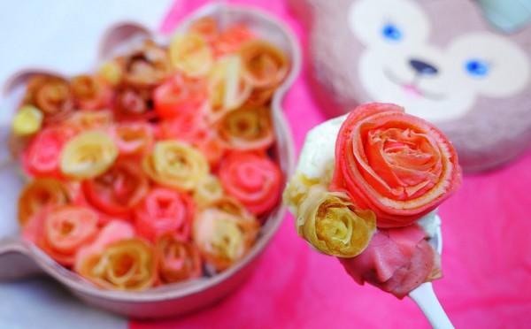 Торт на 8 марта в виде роз
