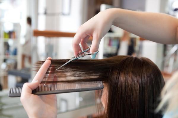 Как не навредить волосам: Мифы о стрижке кончиков