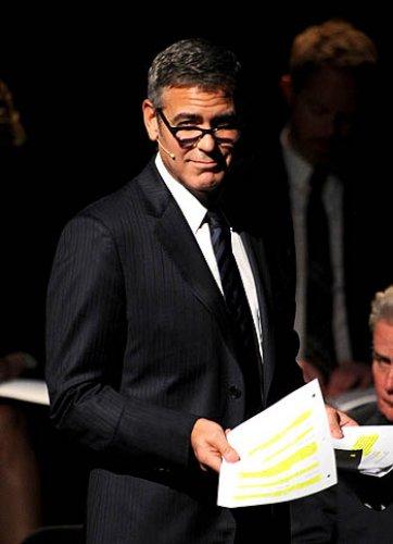 Джордж Клуни в роли адвоката