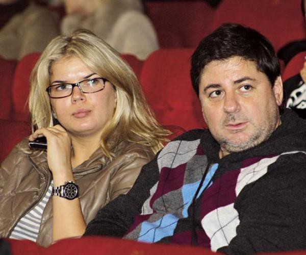 Виктория Галушка (сестра певицы Веры Брежневой) – третья жена Саши Цекало. Их свадьба была непубличной в январе 2008 года, об этом знали лишь несколько друзей.