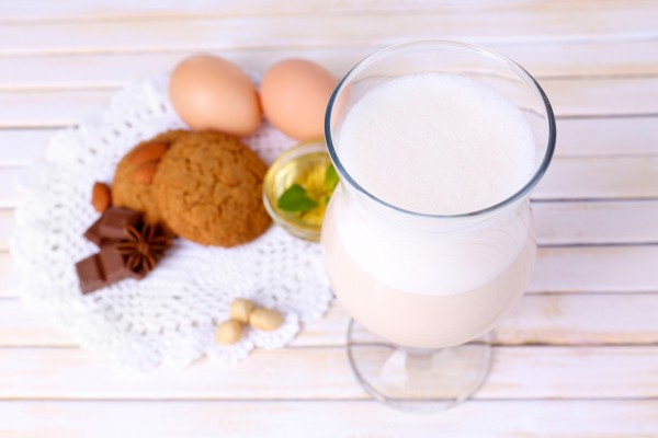 Рецепт                  Молочно-яичный коктейль