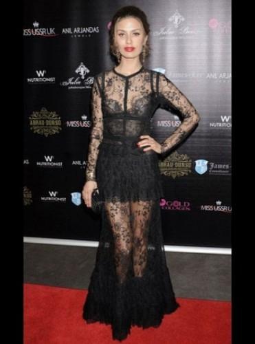Виктория Боня надела на мероприятие прозрачное платье