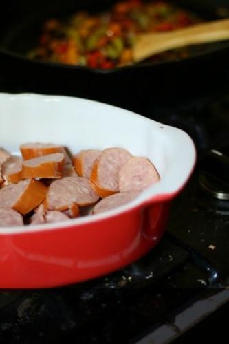 Простой рецепт приготовления сырного крем-супа с сосисками