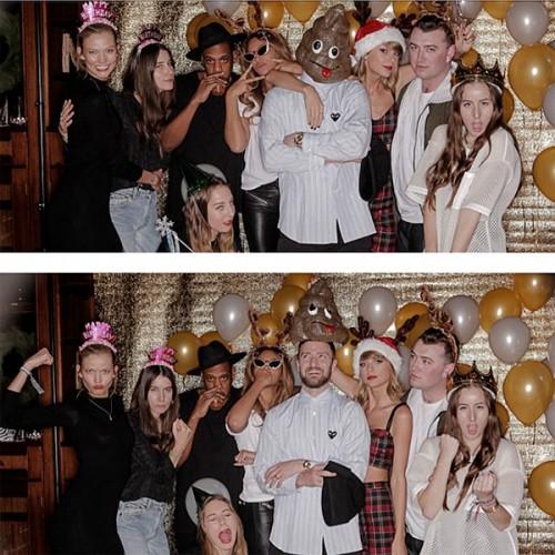 Тейлор Свифт с друзьями