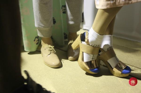 Летом 2014 Лилия Пустовит предлагает носить туфли пастельных оттенков на низком ходу и босоножки на удобной платформе